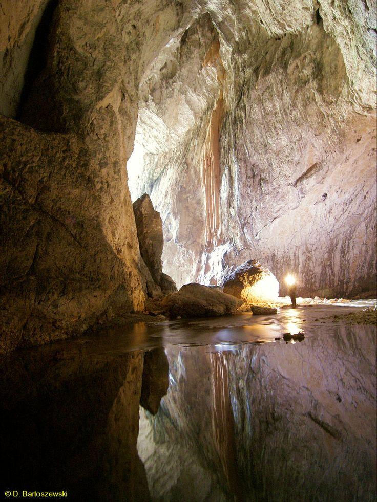 Sura Mare Cave, Ohaba Ponor vilage, Hunedoara  County
