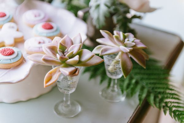 7 - A Chic Botanical Wedding Shoot in Greece