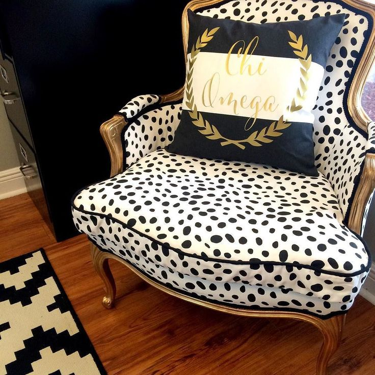 (Spotted) this Chi Omega Custom Decorative Square pillow. Get it?!  #ChiOmega