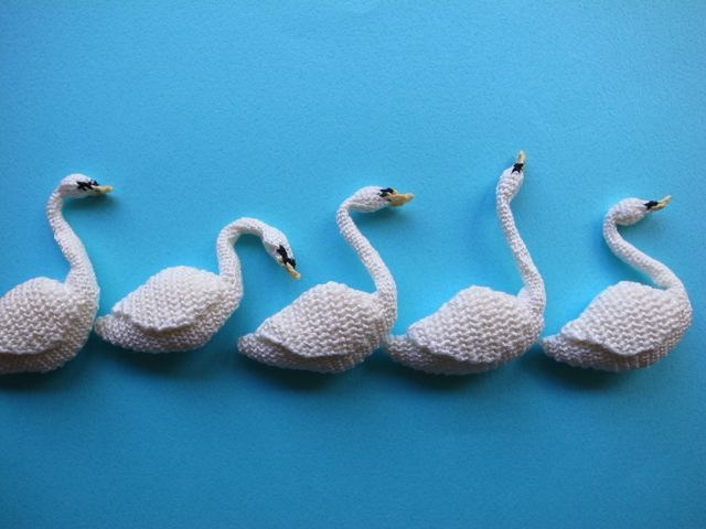 swan brooches by Hipota