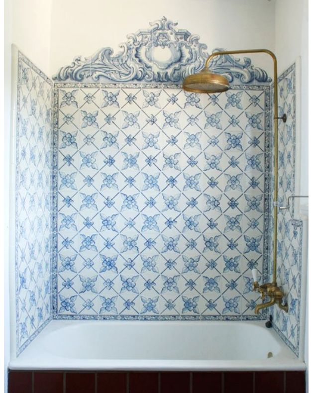 Bathroom Inspiration: Fabulous tub enclosure done with Portuguese patterned tile.