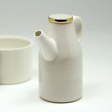 Creamer Montreal-made ceramic with gold enamel