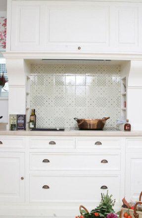 La Maison | bucatari pe masura | timeless painted bespoke kitchens | lamaison.ro  alamaison.ro  leblog.ro