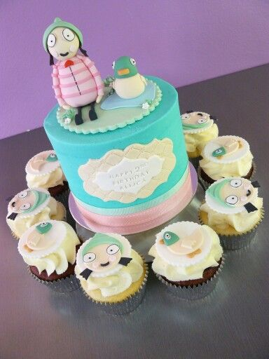 Sarah and Duck cake and cupcakes