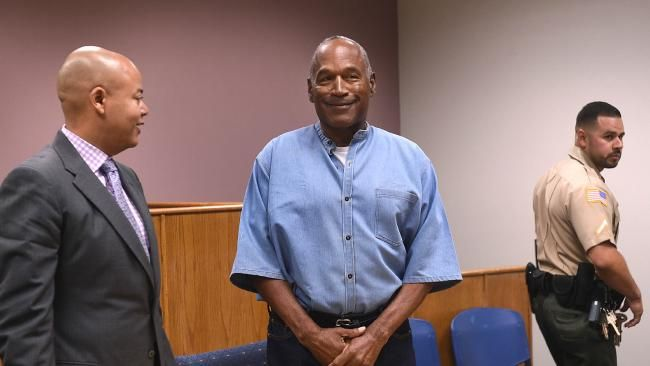 OJ Simpson freed on parole after nine years in jail for Las Vegas robbery - NEWS.com.au #757Live