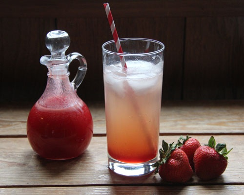 Less Processed Life: What I'm Drinking: Strawberry-Basil Rum Soda