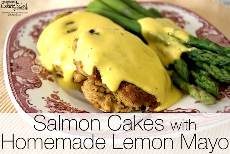 Salmon Cakes with Homemade Lemon Mayo | These salmon cakes are one of ...