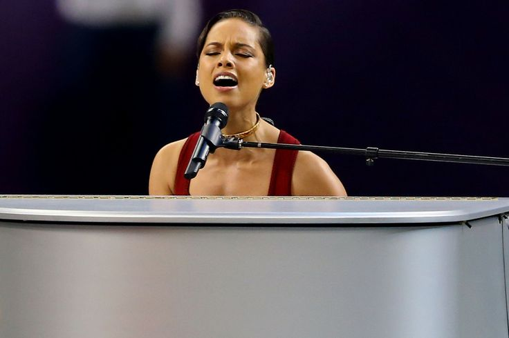 Musician Alicia Keys performs the National Anthem prior to the start of Super Bowl XLVII