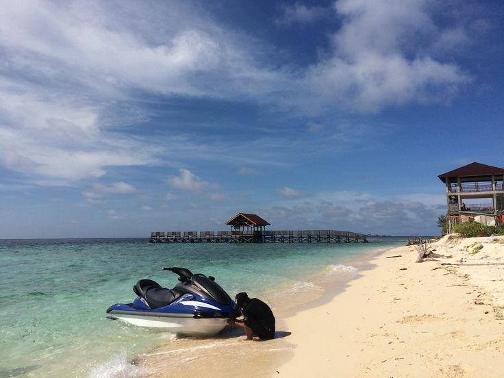 Samalona Island. Indonesia.