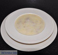 Avgolemono soupa   Griekse soep met kip ei en citroen
