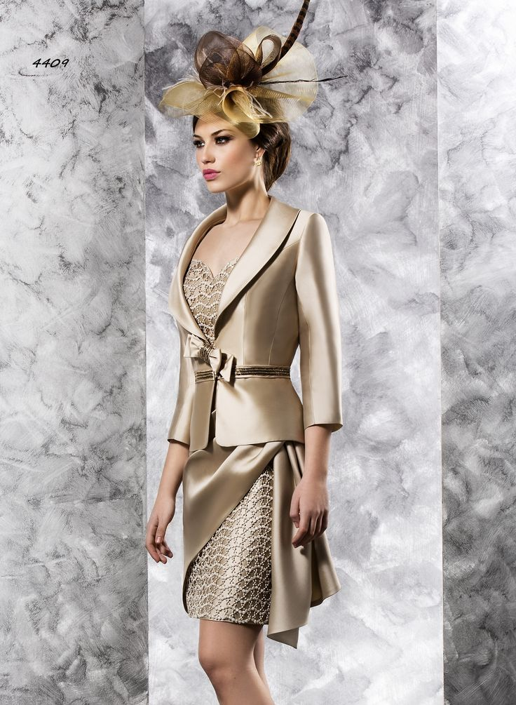 4409 (Vestido de Fiesta). Diseñador: Valerio Luna. ...