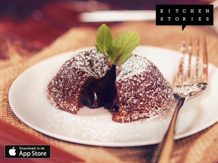 """Ik ben """"Gesmolten chocoladetaartjes"""" aan het koken met @1KitchenStories - Gratis Download http://itunes.apple.com/app/id771068291"""