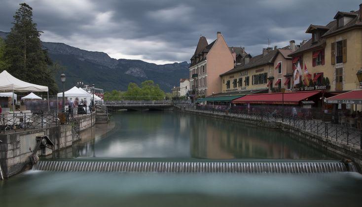 Annecy, 25 secondes de la vie du canal du Thiou