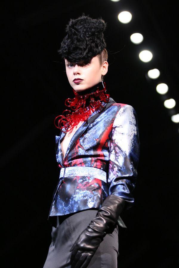 Milano Moda Donna 2012: l'allure anni '40 di Sergei Grinko, le foto della sfilata