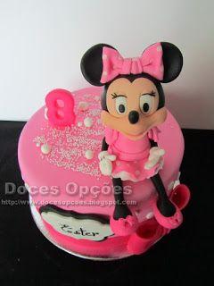 Doces Opções: Bolo de aniversário com a Minnie