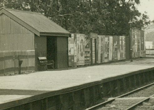 Ivanhoe Railway Station.