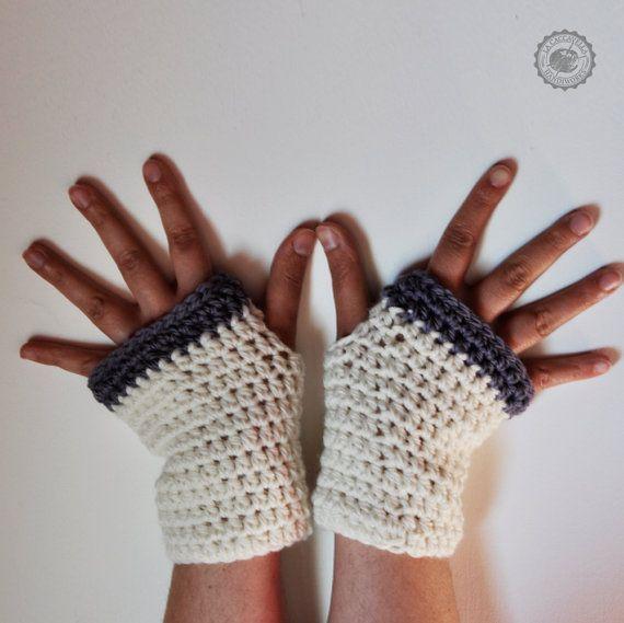 Guanti bicolor senza dita all'uncinetto, stile pratico e moderno. Lana naturale non trattata. Colori personalizzabili
