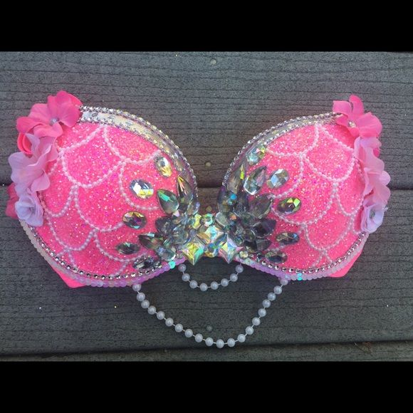 Hot pink mermaid rave bra A custom order, can be made in any color Other