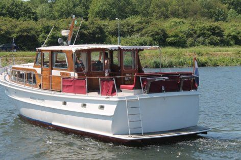 17 best images about power boat new classic on pinterest for Building classic small craft