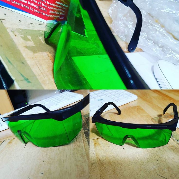 Occhiali laser  #cncmachining #cnc #cncc #thingiverse #custommade #3dprint #make #makeraddictz #3d #laser #madeinitaly #3dcustomcase #nema #ingegneria #meccanica #arduino #shield #creative #personal #personalised #autocostruzione #lasercut #mydesigns by marco_break