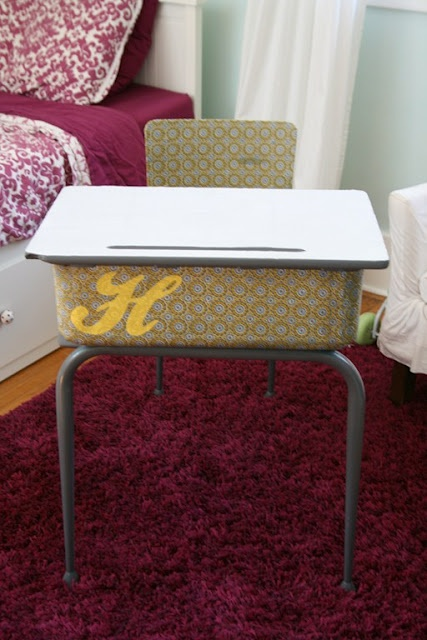 I like the initial on the desk.  Altogether Persuaded: School Daze // DIY desk redo, school desk makeover