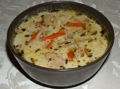 Tárkonyos pulykaraguleves zöldségekkel recept: Egy ízekben roppant gazdag leves, Julienne zöldségekkel, mely előételnek és vacsorának egyaránt tökéletes. http://aprosef.hu/tarkonyos_pulykaraguleves_recept