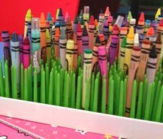 Boon grass crayon storage