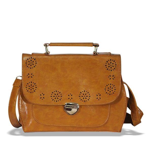 Çiçek Figür İşlemeli Postacı Çanta #çanta #şık #kadın #moda #trend #bag #women #shoulderbag #elegant #dressy #fashion