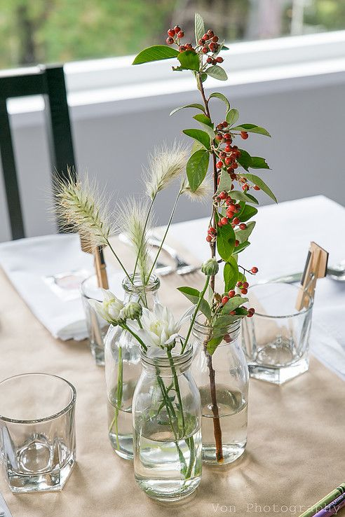 Rustic table setting at The Lodge at the Inlet Pauatahanui @von photography