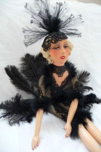 ANTIQUE-FRENCH-BOUDOIR-DOLL-SMILING-CABARET-MUSIC-HALL-C-1920-SHOW-GIRL