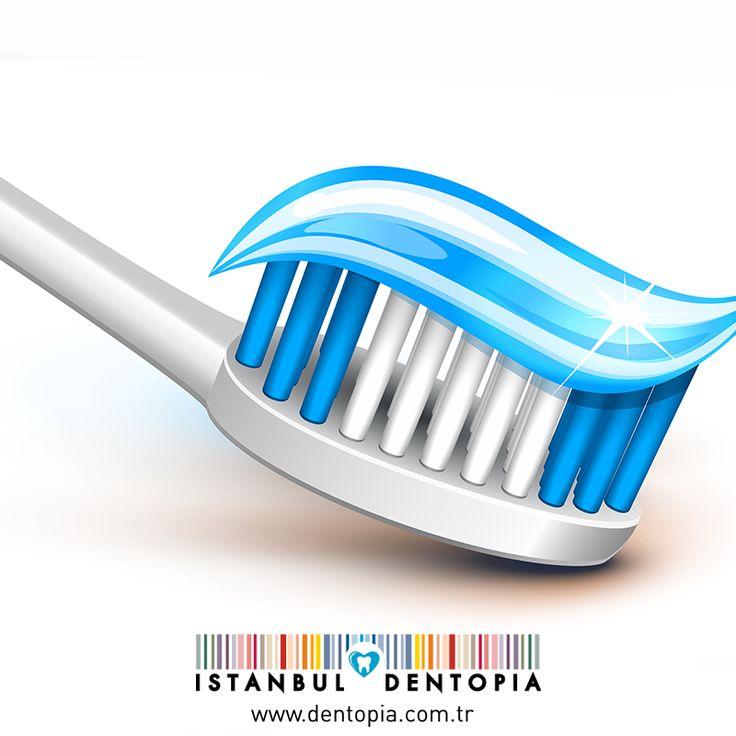 Flor, diş minelerinizin güçlenmesini sağlayarak, diş çürüklerini önler. Bu yüzden florlu diş macunu kullanmaya özen göstermelisiniz. #flor #dişsağlığı