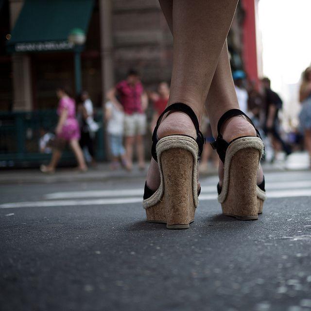 Crossed...  ...before crossing the street., de Thomas Leuthard