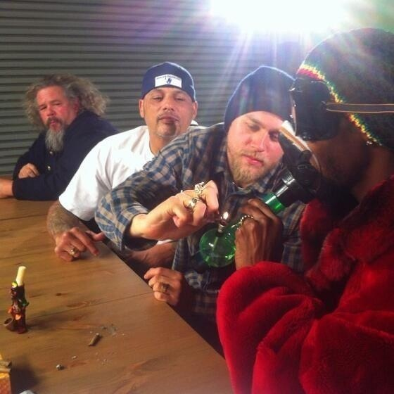 #SOA Charlie Hunnam and Snoop Dog