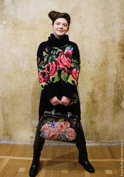 Купить или заказать Свитер с розами в интернет-магазине на Ярмарке Мастеров. Свитер с розами по мотивам D&G Уже столько вариантов !!!