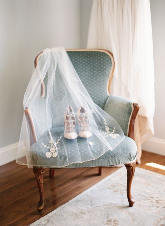 Elegant Woodland Real Wedding - Wedding Sparrow | Best Wedding Blog | Wedding Ideas