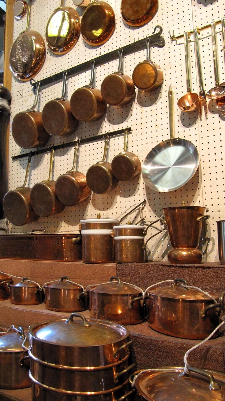 E. Dehillerin, Paris - Where the serious cooks go for copper pots and pans