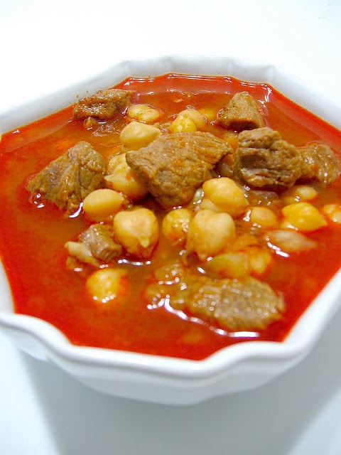 More great Turkish food!!!  Etli Nohut.  Chick peas with meat ...  And a great eggplant salad