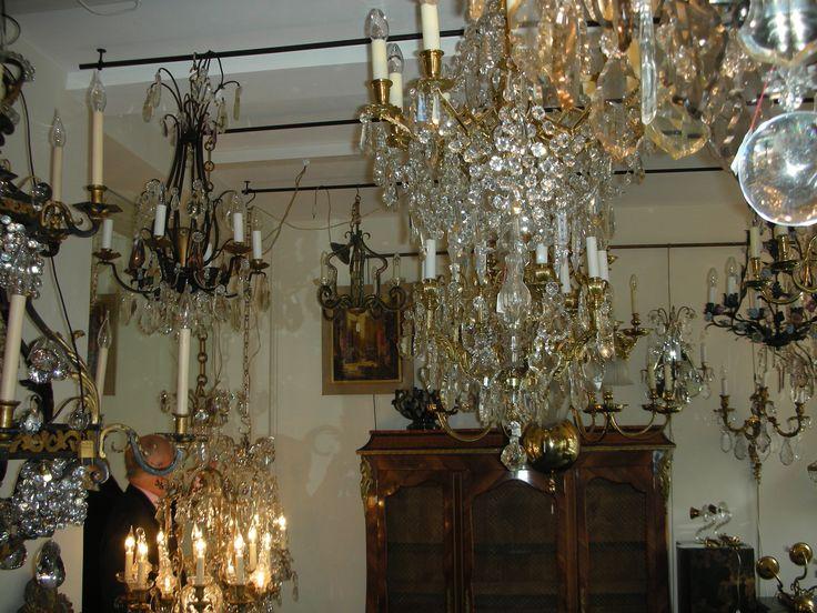 1517 best beautiful antique chandeliers images on pinterest partie de cache cache dans notre magasin de lustres anciens 43 avenue bosquet aloadofball Images