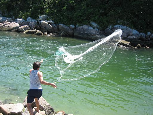 How to throw a cast net the easy way history pinterest for Throw nets for fishing