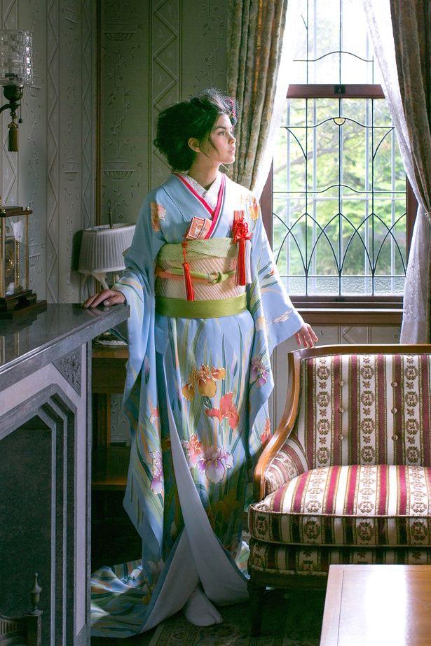 水色花菖蒲の調べ|くくる(CUCURU) 写真・フォトギャラリー|ザ・ウエディング