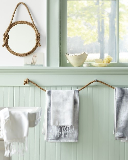 DIY rope mirror and rope towel holder
