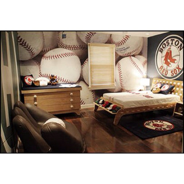 Liam's room. Only it would be YANKEES!!!