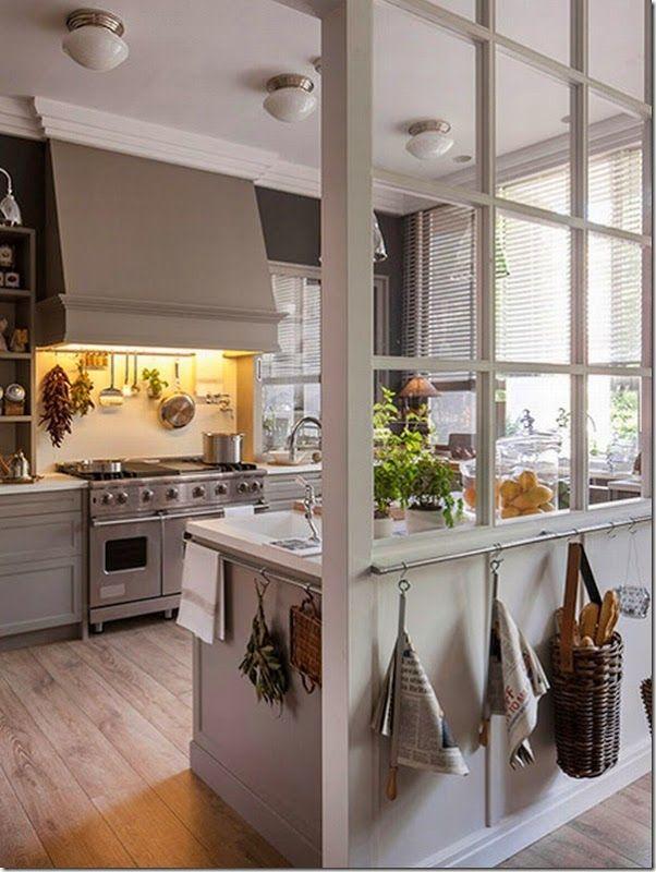 case e interni: Un'idea molto chic per cucina, pranzo e lavanderia