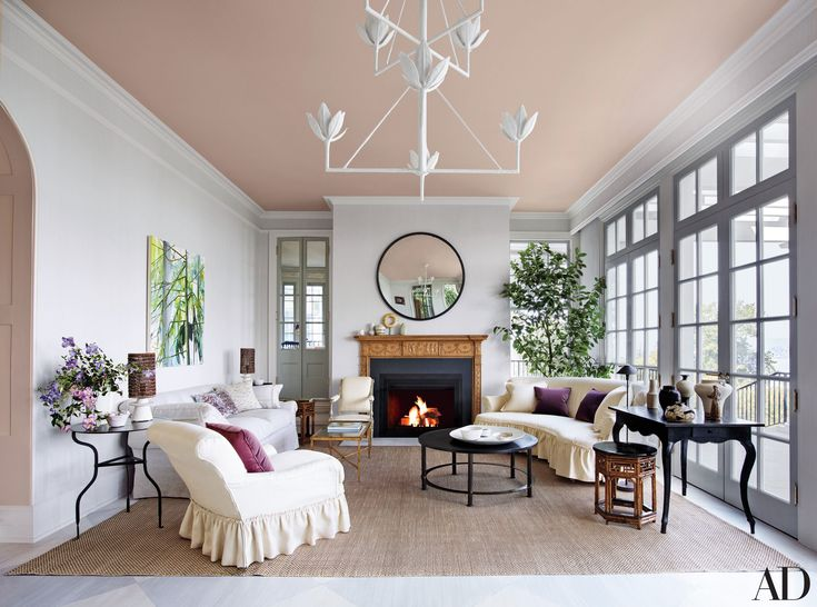 10 Striking Living Room Ideas By Bilhuber To Copy | Modern Sofas. Living Room Inspiration. #modernsofas #livingroomideas #traditionalsofa Read more: http://modernsofas.eu/2016/10/04/striking-living-room-ideas-bilhuber-copy/