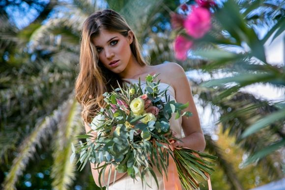 for the bride with long lengths and planning to wear hair down, loose and easy is a must, no more torcion or boccle like weaves as seen in previous wedding seasons. The style is easy, without compromising chic and elegance, #frankgiacone #hairstylingtrends2016