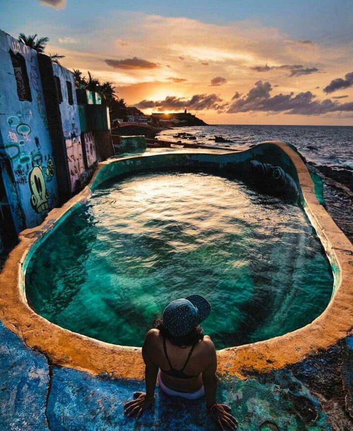 El Bowl @ La Perla, San Juan, Puerto Rico