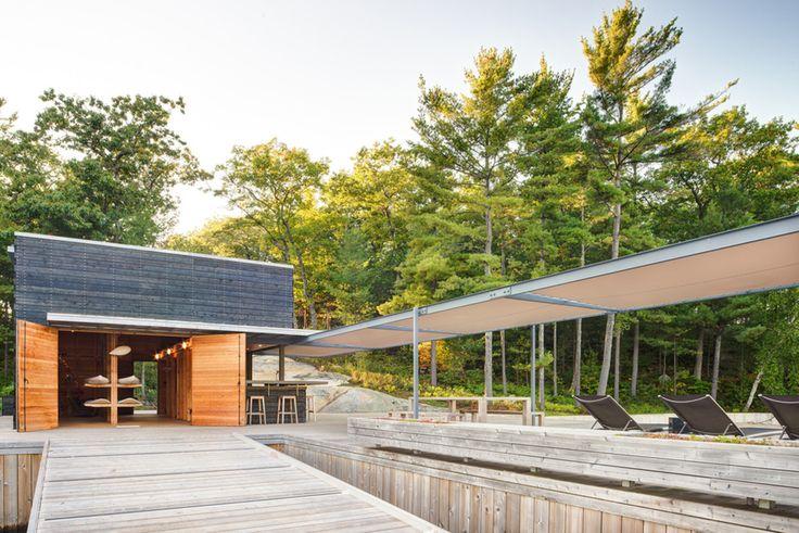 Un cobertizo moderno en el paisaje canadiense / Weiss Architecture &…