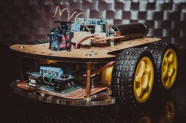 Arduino CarBot by Paweł Chrząszczewski on tookapic