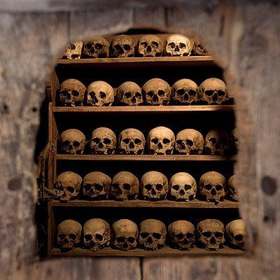 http://curiositieschamber.com/artist/design/545-worldas-weirdest-tombs.html