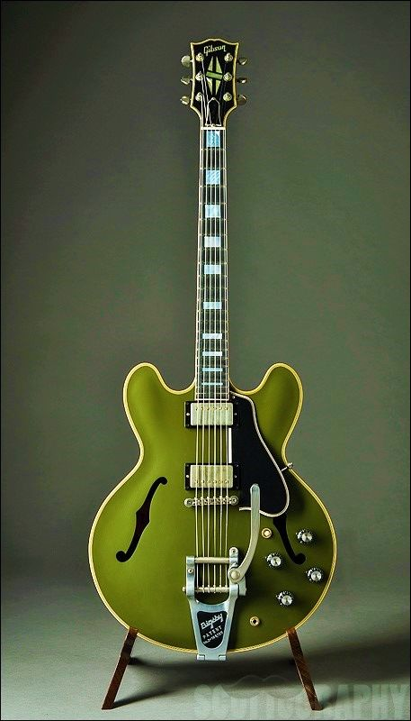 Gibson ES-335 with Bigsby in Olive Drab Green